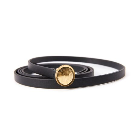Thin belt in black leather