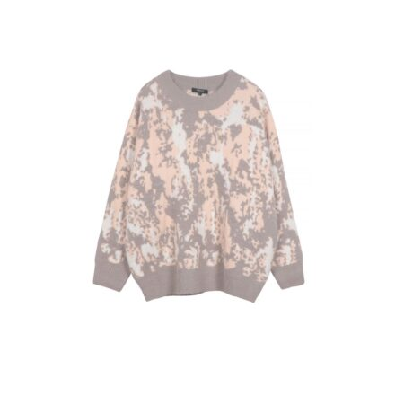 Wooven sweater with pattern