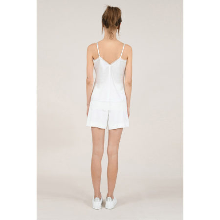Lace hem camisole in white
